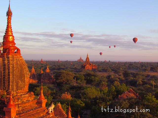Seribu relik pagoda di Bagan