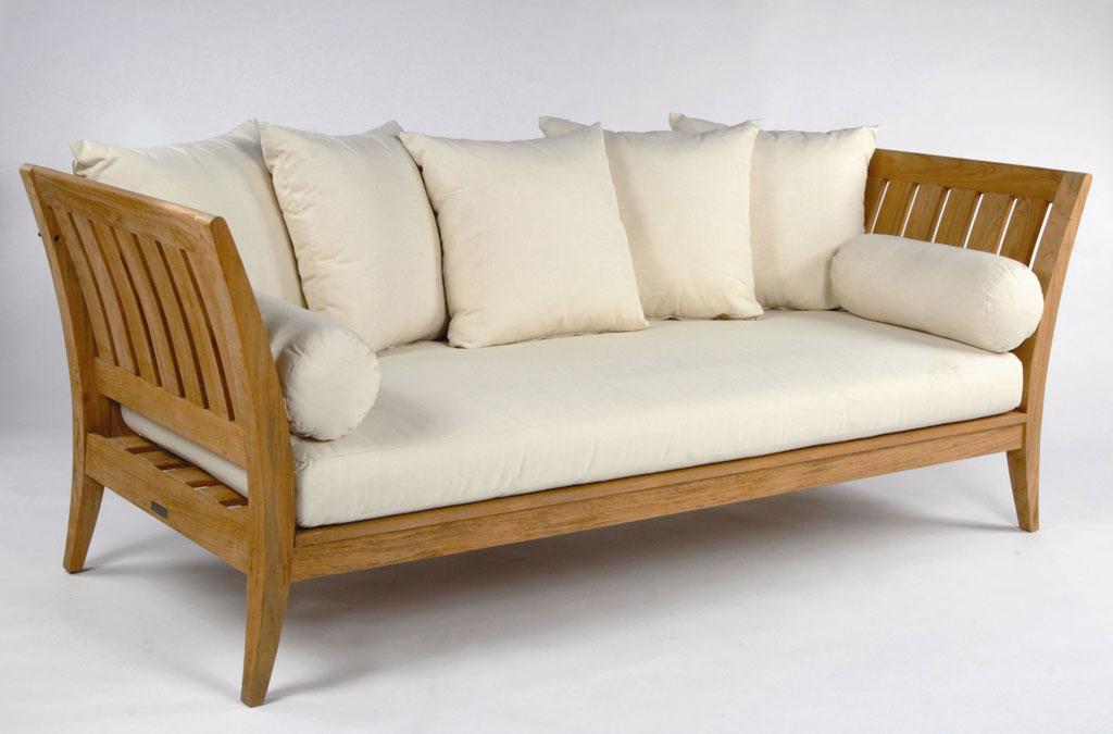 Berburu Furniture Jati Murah :) – Nonikhairani