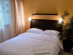 contoh kamar double budget di orange pekoe :)