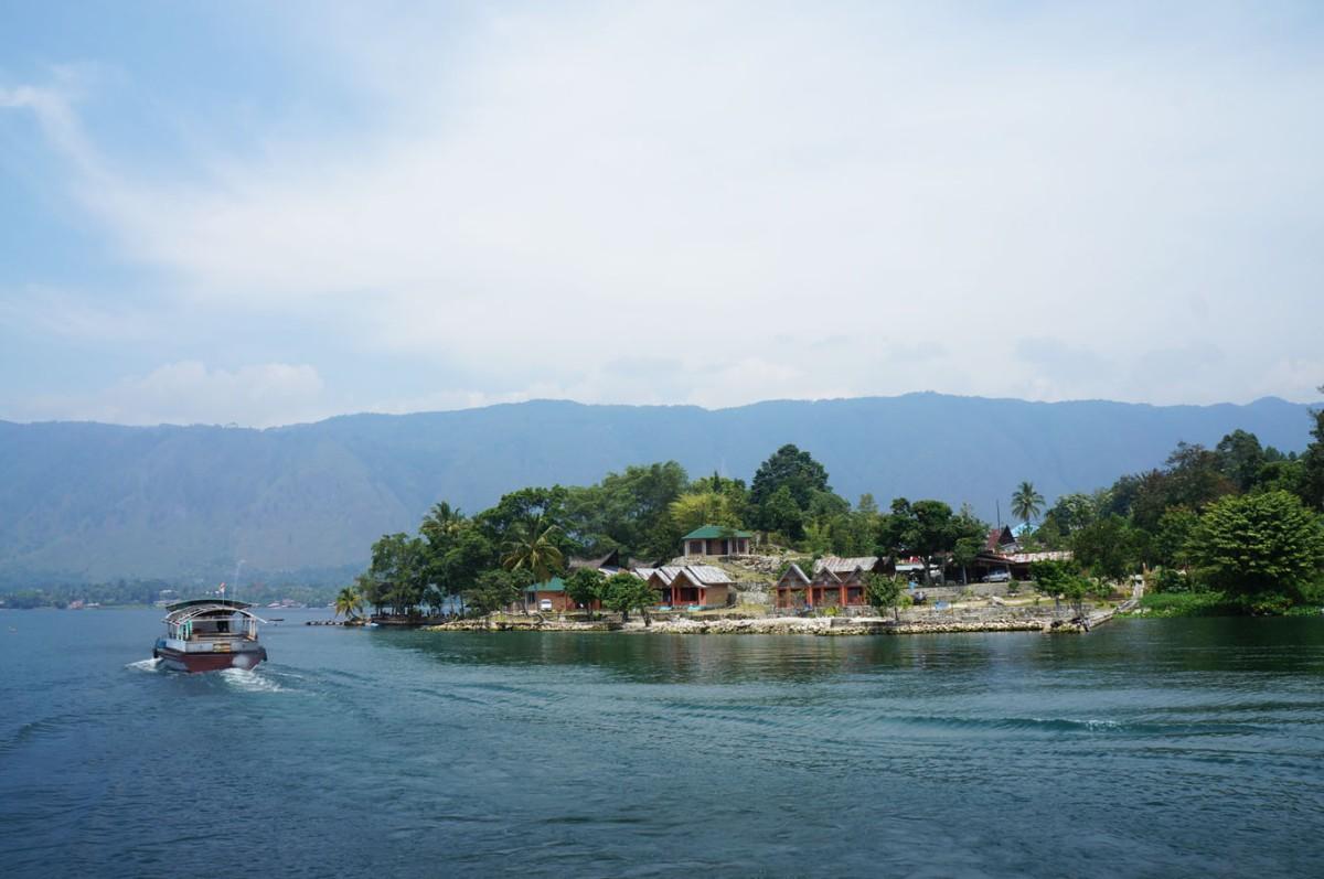 10 Penginapan/Hotel Di Pulau Samosir, Danau Toba, Sumatera Utara
