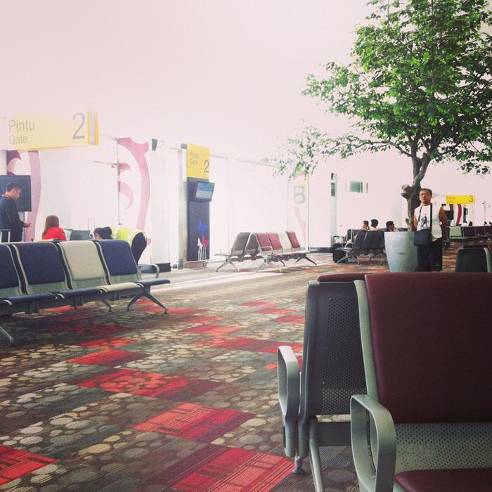ruang tunggu international bandara kuala namu