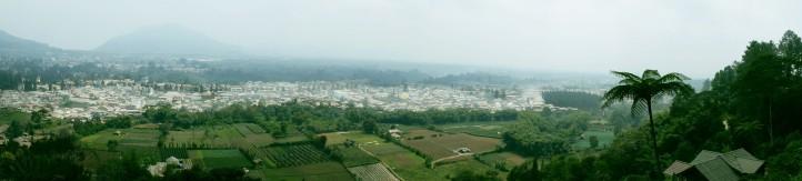 Pemandangan dari bukit kecil