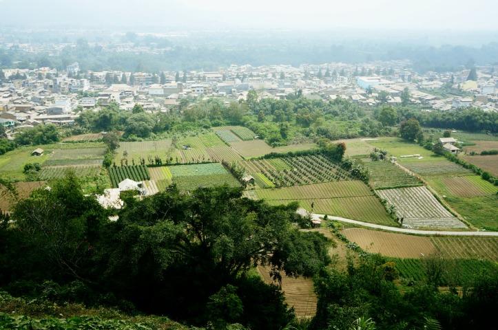 Pemandangan dari bukit