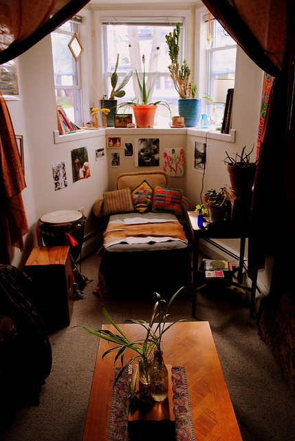 living room by beyond the mountain on Flickr