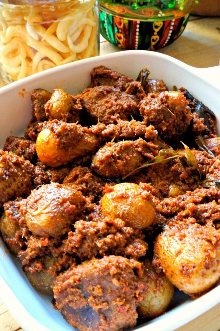 Rendang yang beneran :) pake kentang