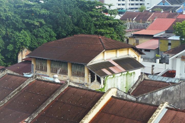 Rumah-rumah tua