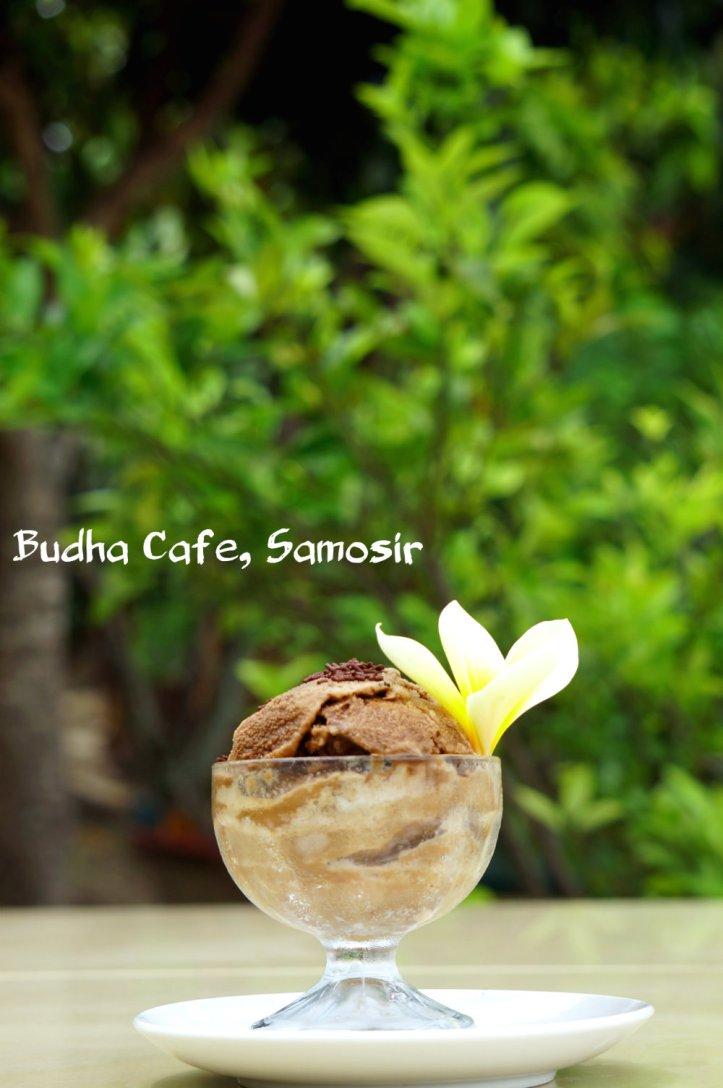 es cream dari Budha Resto