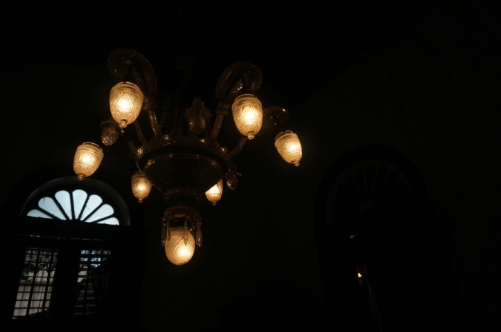 Salah satu lampu yang berasal dari Eropa