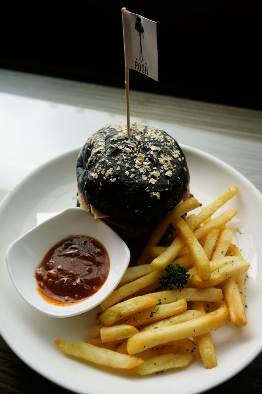 Tenderloin burger - Posh Cafe