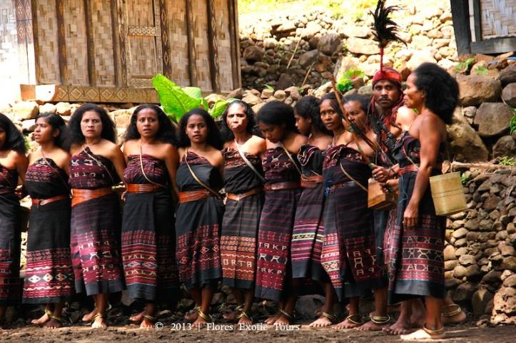 Kain tenun Alor yang cantik. Pic source travel.detik.com