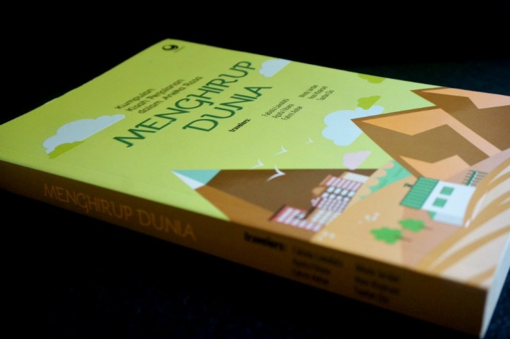 buku traveling menghirup dunia