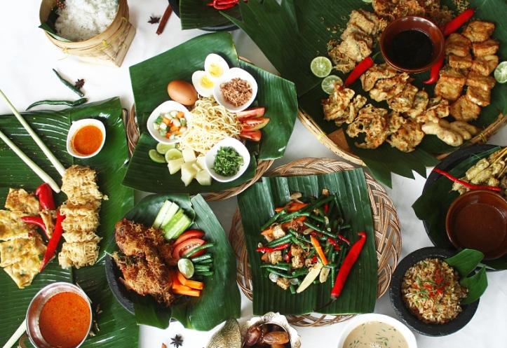 Berbuka puasa di JW Marriott Hotel Medan. Indonesian Food