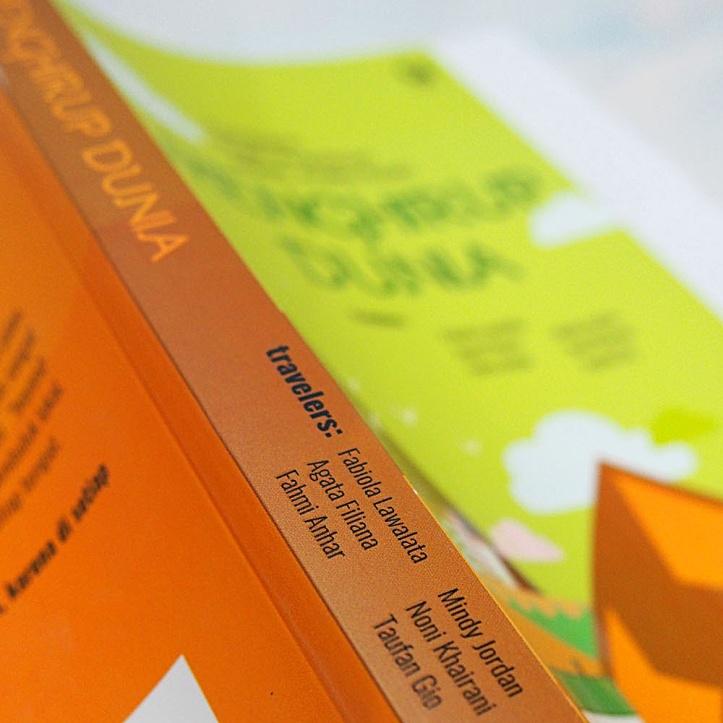 Buku Traveling Indonesia Menghirup Dunia