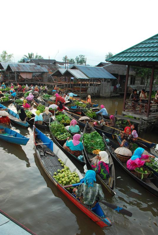 Pasar Terapung Lok Baintan Banjarmasin