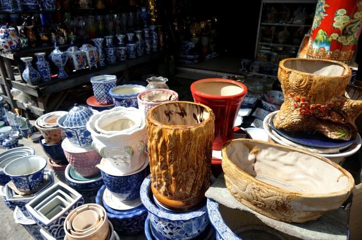 https://nonikhairani.com/2015/05/04/live-in-belawan-belanja-keramik-murah-di-medan/