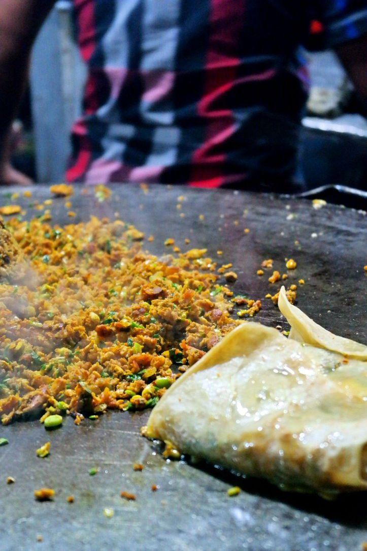 Nasi goreng Bombay dan martabak  Asia Mega Mas Medan