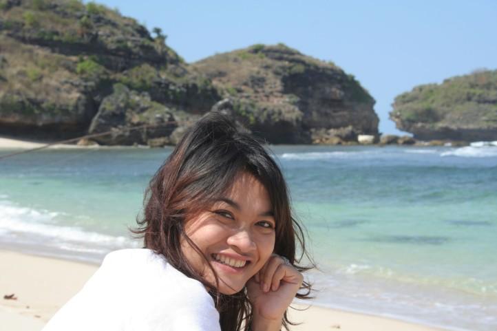 Pantai Watukarung Pacitan