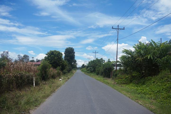 Jalanan menuju Desa Suka Meriah