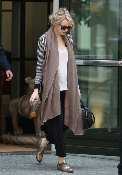 Emma Stone and Andrew Garfield check out there hotel and head to JFK in New York to catch a flight to Tokyo, Japan to promote there new movie. Pictured: Emma Stone Ref: SPL404390 110612 Picture by: Turgeon/Steffman/Splash News Splash News and Pictures Los Angeles: 310-821-2666 New York: 212-619-2666 London: 870-934-2666 photodesk@splashnews.com