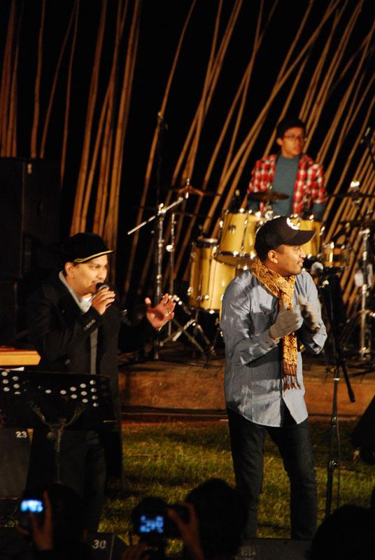 http://www.jazzgunung.com/