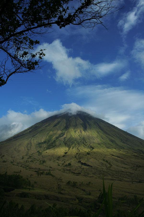 Kampung Bena NTT 4 - Gunung Inarie Flores