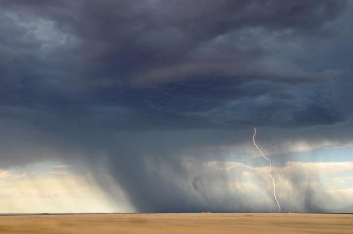 lightning-945430_960_720