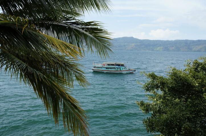Ferry Danau Toba