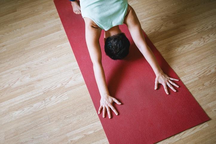 yoga-1148172_960_720