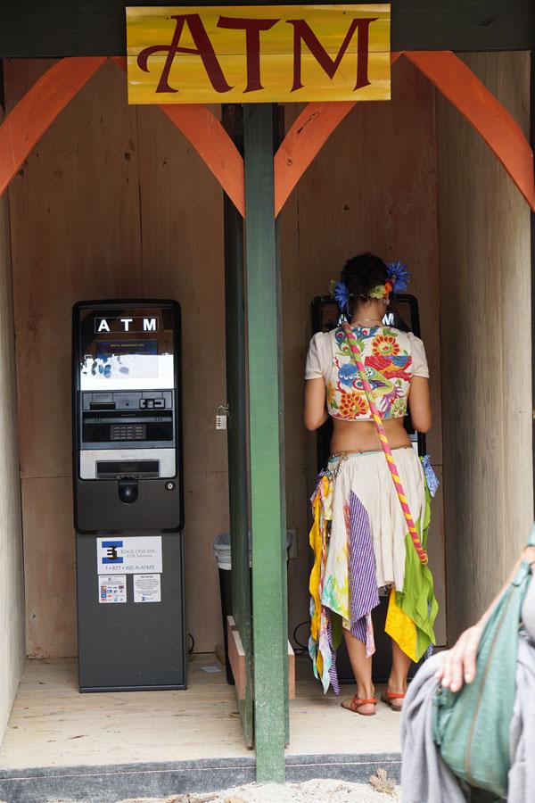 Ada peri di mesin ATM