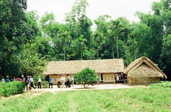 ho-chi-minh-cottage