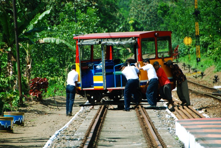 Kereta api Kalibaru